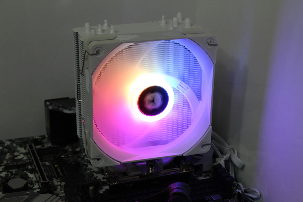 索摩樂Thermalright Assassin King 120 Plus & ARGB塔型散熱器-雙風扇...6894