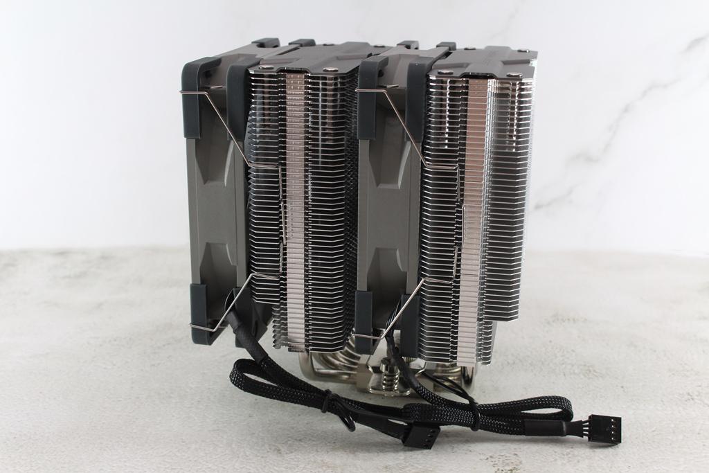 索摩樂Thermalright Peerless Assassin 120塔型散熱器-雙塔雙風扇,迎戰Intel Core i9-10900K沒問題!