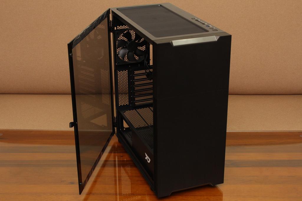 XCP XC-90鋼化玻璃透側機殼-優質散熱設計與低調內斂質感風...3815