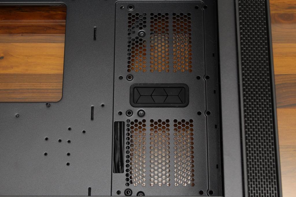 XCP XC-90鋼化玻璃透側機殼-優質散熱設計與低調內斂質感風...6656