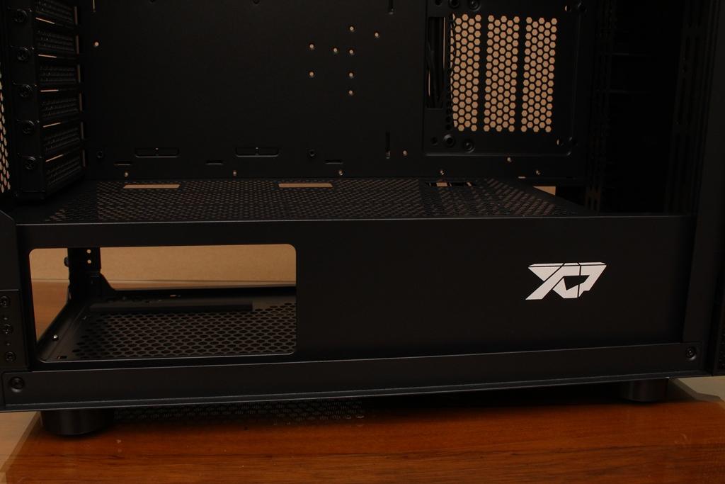 XCP XC-90鋼化玻璃透側機殼-優質散熱設計與低調內斂質感風...209