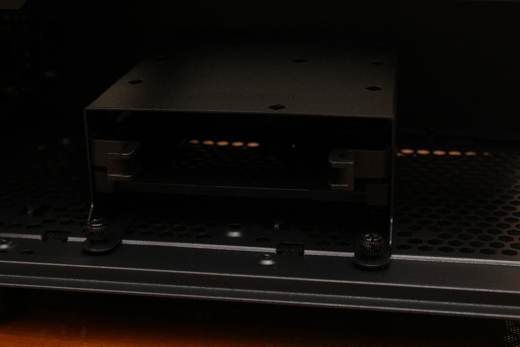 XCP XC-90鋼化玻璃透側機殼-優質散熱設計與低調內斂質感風...6986