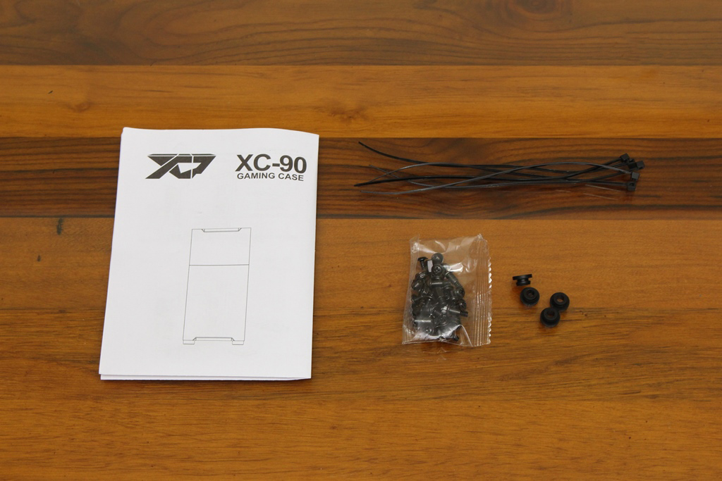 XCP XC-90鋼化玻璃透側機殼-優質散熱設計與低調內斂質感風...8020