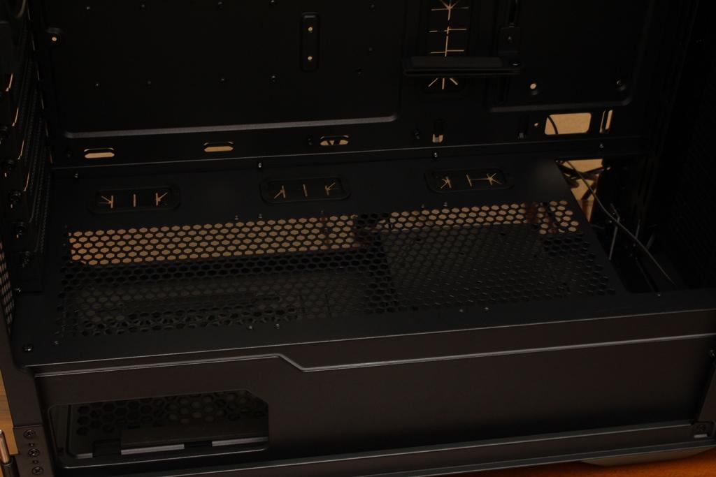 微星msi MPG QUIETUDE 100S鋼化玻璃靜音機殼-靜音、擴充、視覺...2763
