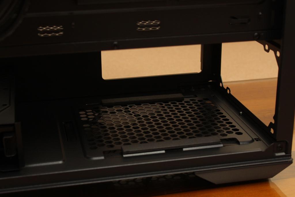 微星msi MPG QUIETUDE 100S鋼化玻璃靜音機殼-靜音、擴充、視覺...4238