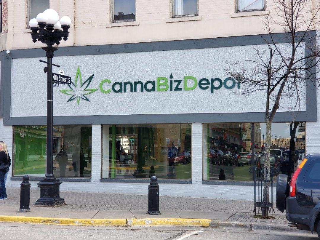 Canna Biz Sign