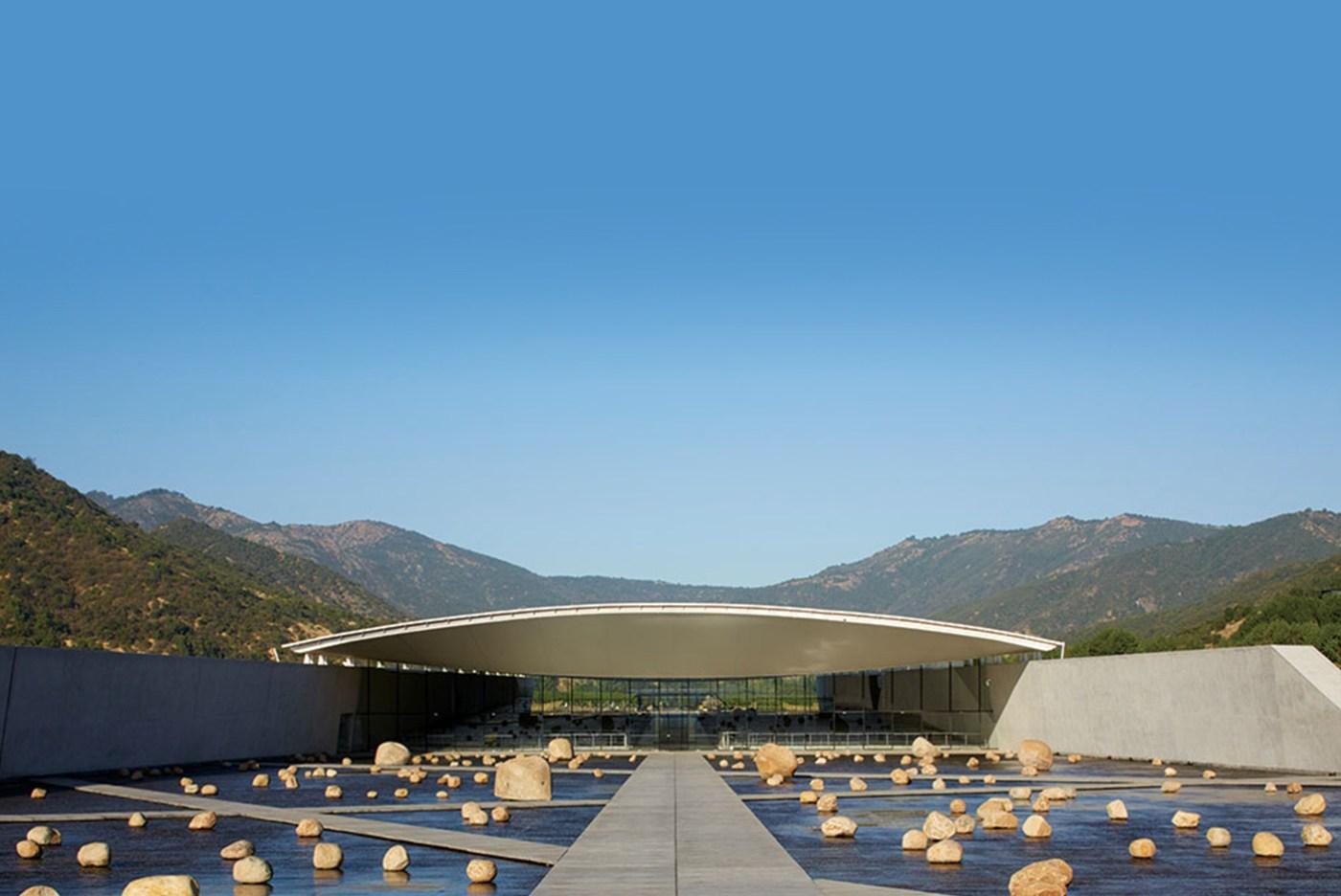 Vinã Vik: Vinícola e Hotel Boutique em Paisagens Espetaculares no Chile - Picchioni pelo Mundo