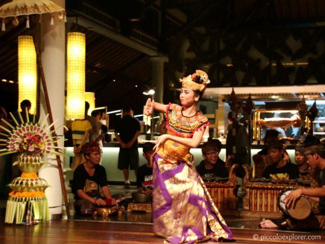 Balinese dance, Padma Resort Legian, Bali