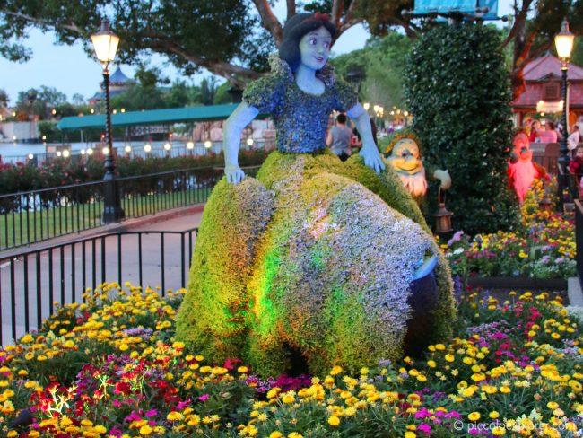 Snow White topiary at Epcot International Flower & Garden Festival, Walt Disney World, Orlando