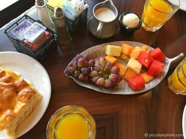Family Style Breakfast at 'Ohana