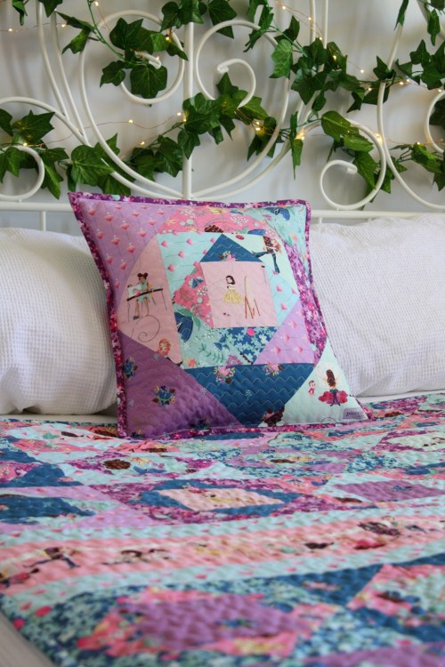 http://piccolostudio.com.au/2019/04/12/working-with-lit…e-brighton-quilt/