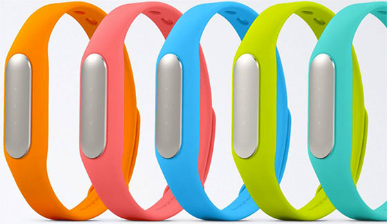 Activity Trackers: Xiaomi Mi Band – Ultracheap fitness band gets the job done