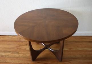 broyhill brasilia round table 2