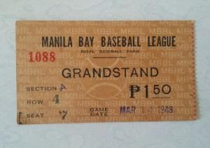 Vintage-Baseball-memorabilia-2