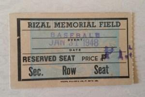 Vintage-Baseball-memorabilia-3