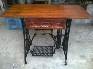 old-sewing-machine-reporpused-5