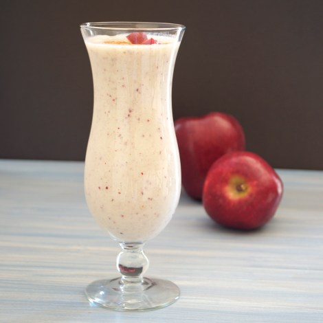 Red Delicious Apple Pie Smoothie