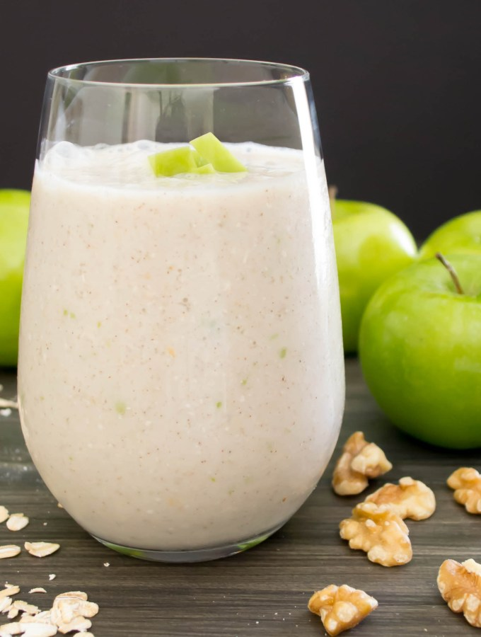 Green Apple Walnut Smoothie