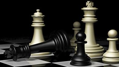 Il governo Conte e il guanto di sfida ai poteri forti