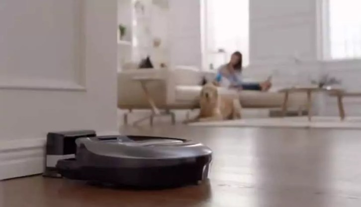Use of a robotic vacuum cleaner