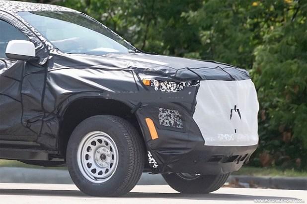 2023 Chevrolet Colorado grille