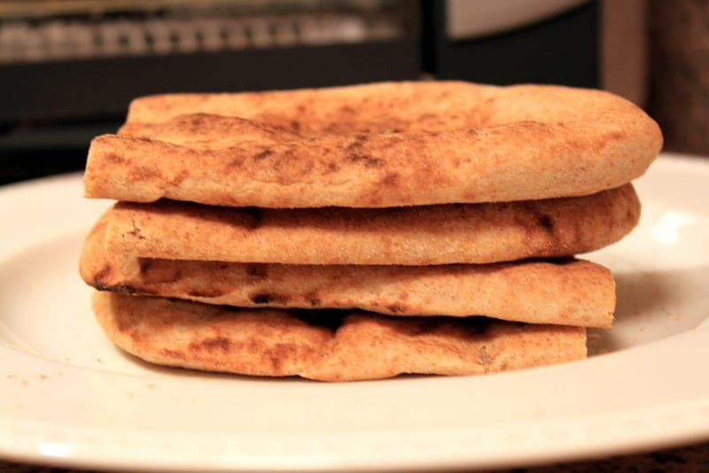 Curried Chickpea and Quinoa Flatbread - The Picky Eater