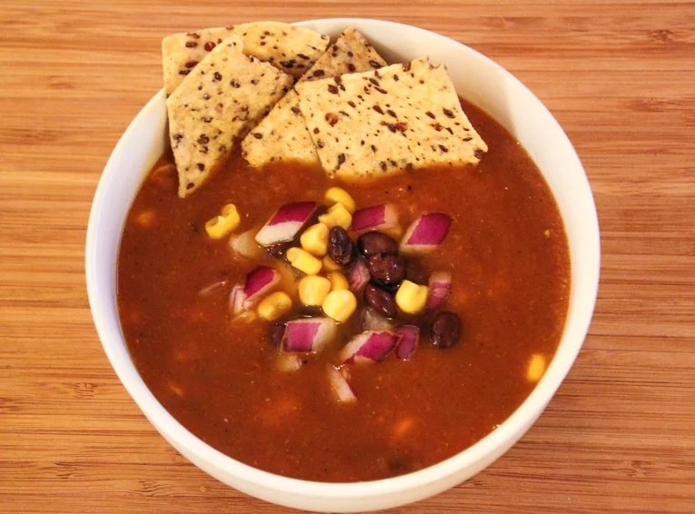 Vegetarian Tortilla Soup with Black Beans - The Picky Eater