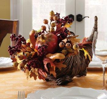 10 Beautiful Thanksgiving Centerpieces