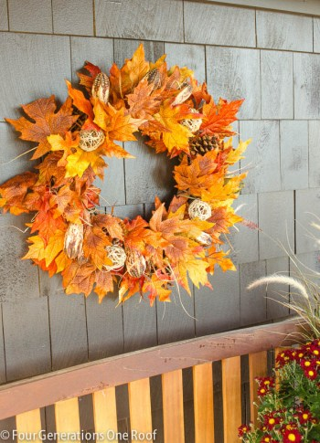 19-ways-to-make-your-neighbors-jealous-of-your-fall-porch11