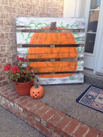 19-ways-to-make-your-neighbors-jealous-of-your-fall-porch7