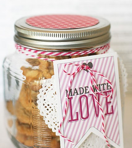 Valentines Day Gifts for Teachers, Gift Ideas, Gifts for Teachers, Cheap Gifts for Teachers, Teacher Gift Ideas, Inexpensive Valentines Day Gifts, Valentines Day Treat Ideas, Easy Valentines Day Treats
