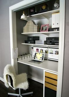 How to Make a Closet Office| Closet Office, Closet Office Projects, Office Project, DIY Home Office, Home Office Projects, DIY Home Office Projects. Popular Projects.