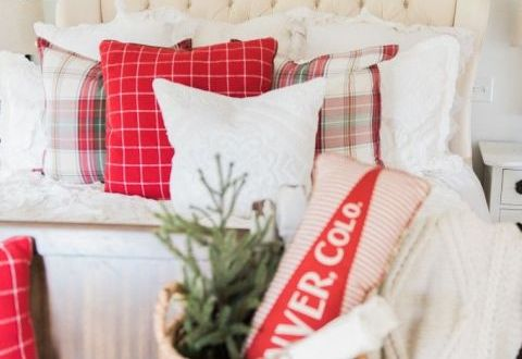 10 Seriously Cozy Ways to Warm Up Your Home for Christmas| Christmas Decor, Fun Christmas Decor, Holiday Home Decor, Christmas DIYs, DIY Christmas Decor #Holiday #Christmas #DIYHoliday