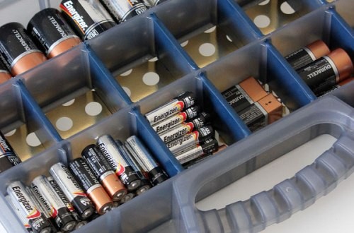 Easy Ways to Organize ALL of Your Batteries| Organize, Organization, Organize Your Batteries, How to Organize Your Batteries, Home Organization, Easy Home Organization, Popular Pin #Organization #BatteryOrganization