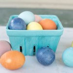 How to Dye Easter Eggs With All Natural Dyes| Easter Egg Dye, DIY Easter, Egg Dye, Natural Egg Dye, All Natural Egg Dye, Easter, Easter DIYs, Popular Pin #EggDye #Easter