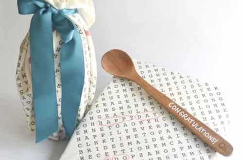 How to Dress Up Plain Tea Towels   Tea Towels DIY, Tea Towel Crafts, TEa Towel Crafts , DIY, Crafts, Easy Crafts, DIY Crafts