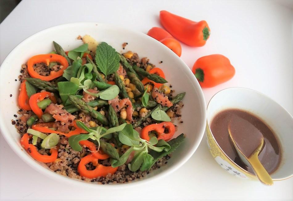 Salad in a jar Salmon (3)