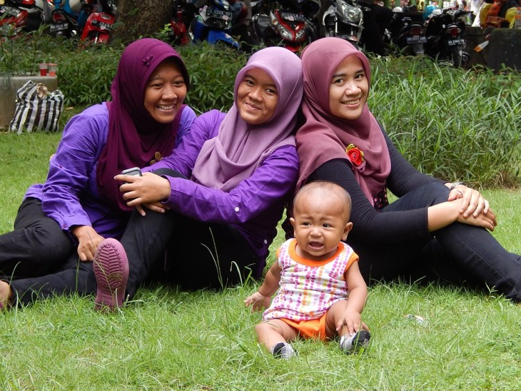 indonesian family