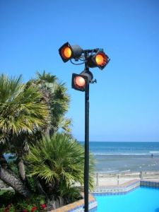 triple-light-pole-party-and-event-lighting-rentals