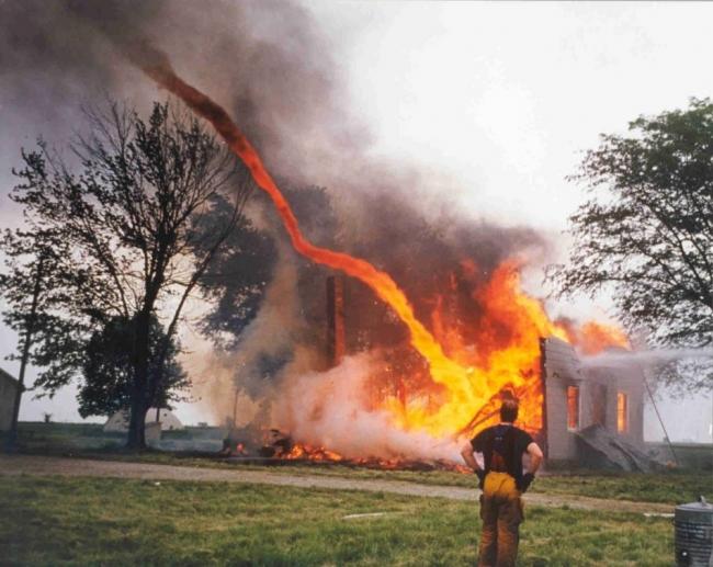 http://www.blameitonthevoices.com/2009/04/fire-tornado.html