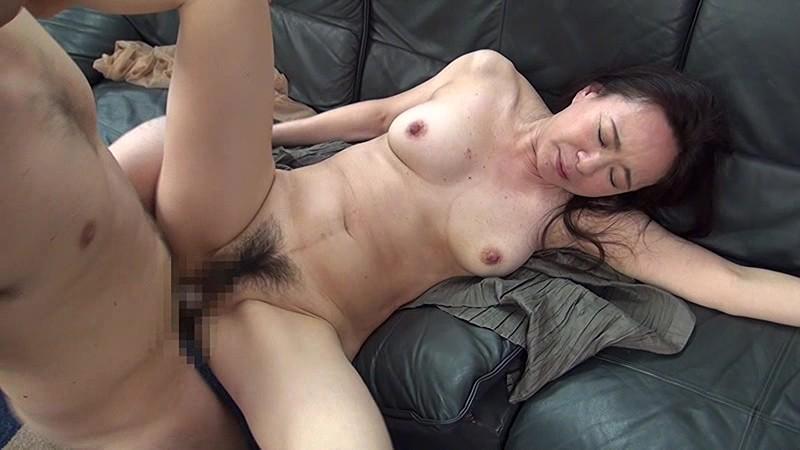 完熟五十路熟女の猥褻穴と舌使い TMRD-695-2