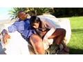 「知らない女だけが損をする!世界最大級のメガチ○ポで白咲碧が強制フェラ/連続ぶっかけ/生中出しをヤる」のサンプル画像