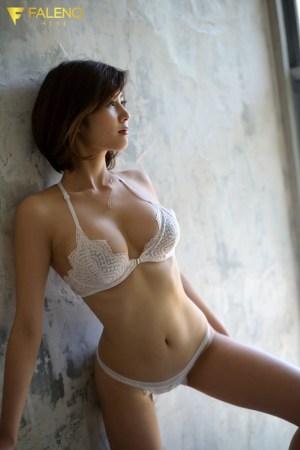 新人FALENOstar専属セックスの女神、現るAVDEBUT美乃すずめ… のサンプル画像 2枚目