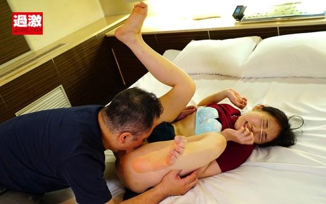 産後処女を奪われ一度イッたら長時間アクメで痙攣が止まらないイキッぱなしベビーカー妻619