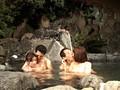 混浴露天風呂で女の子と仲良くなって、セックスできるのか!? 3のサンプル画像