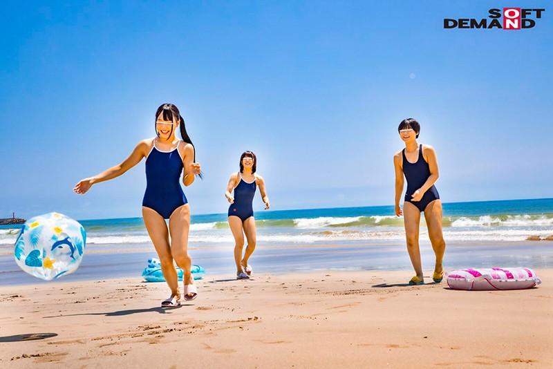 マジックミラー号気温37℃の夏休み!海水浴をしている日焼けがくっきりのスク水美少女が、見知らぬおじさんといたずら混浴体験!成長期の身体を執拗に触られ犯●れて…赤面初絶頂6本番2