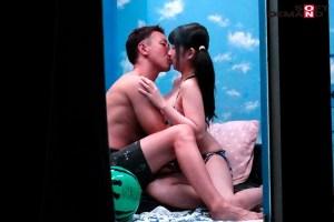 真夏の逆転マジックミラー号「海水浴中の素人ビキニ娘の大胆SEXをナマ… のサンプル画像 10枚目
