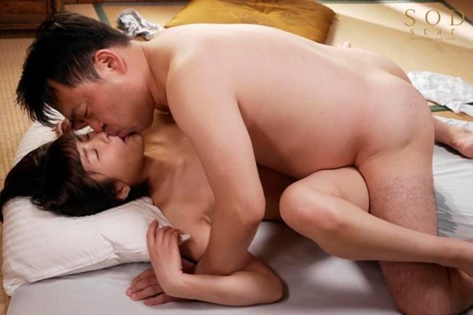 唯井まひろ SODstar 唯井まひろ 18歳の性感開発4本番 初・体・験 3時間SPサンプルイメージ10枚目