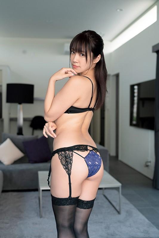 ミスFLASH2021 霧島聖子