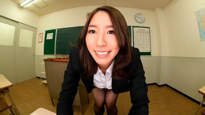 【VR】夏来唯が学校で晒す恵体を独り占めできるトクベツな関係、そういう世界。